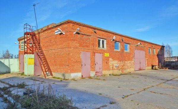 Здание 165 кв.м. под склад, производство или автосервис в Волоколамске